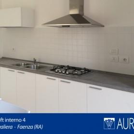 La cucina dell'appartamento 4 a Borgo Cavaliera