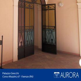 Veduta_Palazzo_Grecchi_06