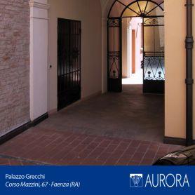 Veduta_Palazzo_Grecchi_12
