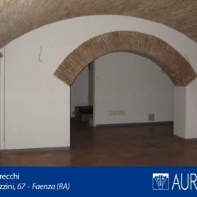 Veduta_Palazzo_Grecchi_17